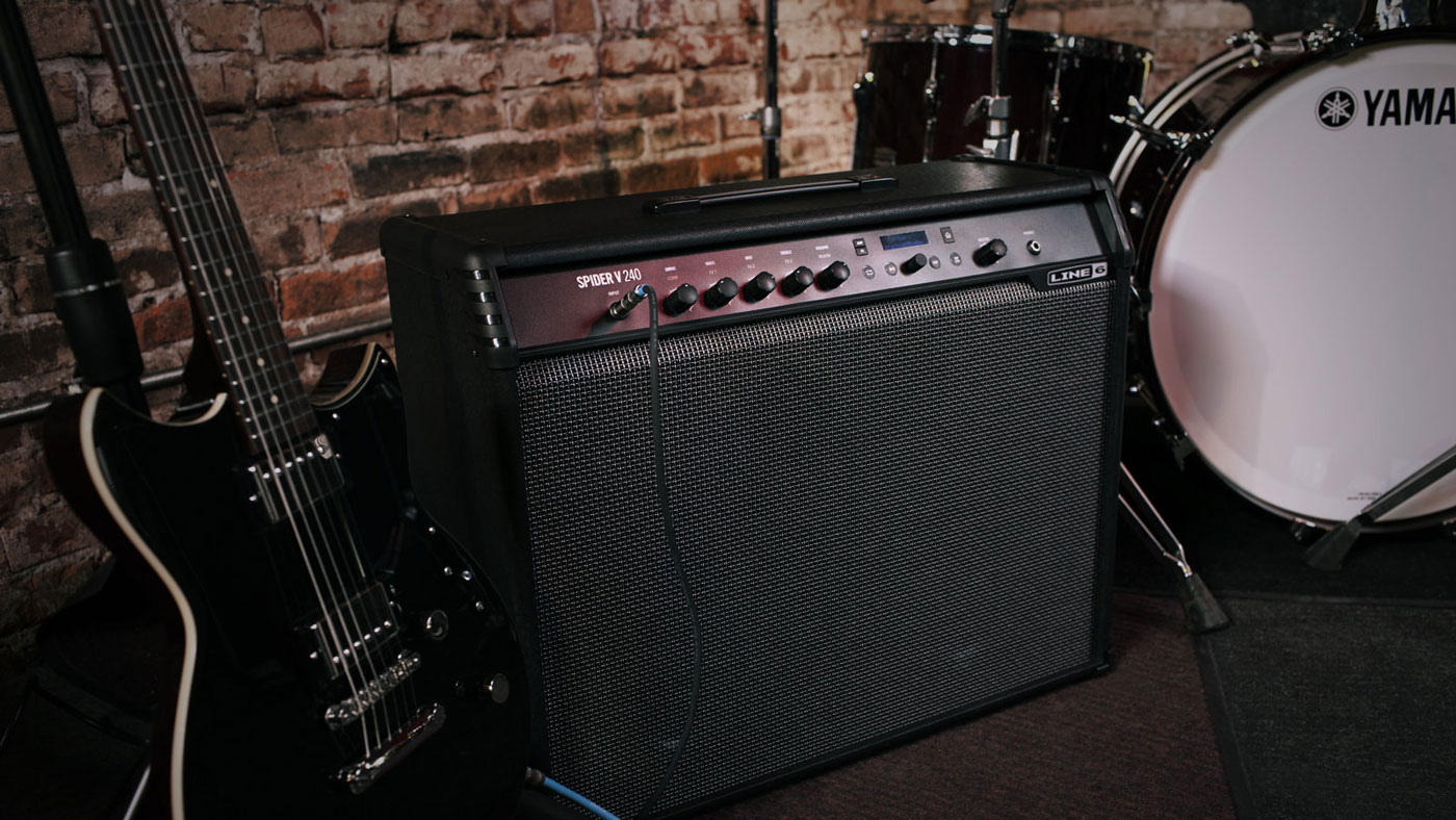 Line 6 Spider V series guitar amps with amp, cab and effects modeling