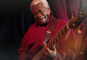 Legendary Bassist Abraham Laboriel, Sr. Chooses StageSource L3t for Bass Rig