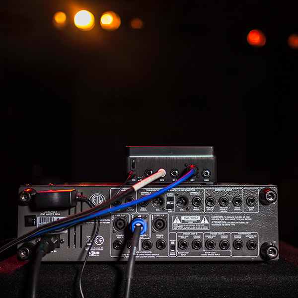 Line 6 Relay Guitar Wireless System bass rig connection photo with G75