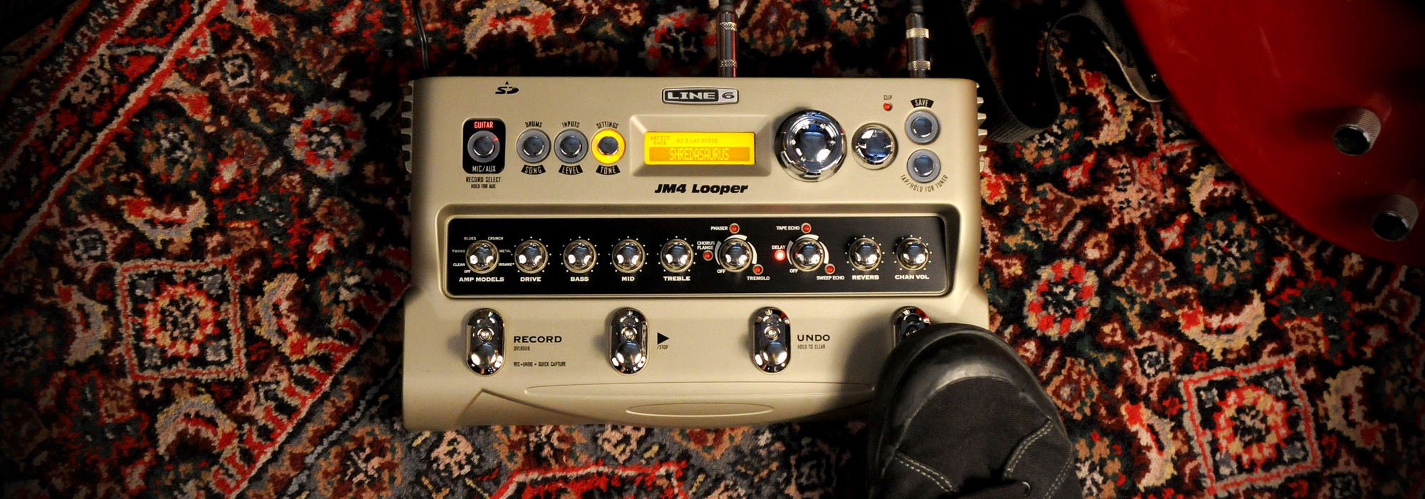 ... collection of brilliant modern and historic guitar tones, JM4 Looper  gives you access to 200+ artist-created presets, 150+ song-based presets,  12 Line 6 ...